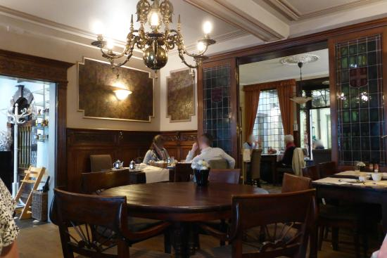restaurantansicht photo de tearoom carpe diem bruges tripadvisor. Black Bedroom Furniture Sets. Home Design Ideas