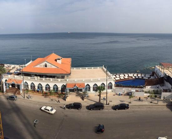 Le Vendome Beirut: Sea View Room