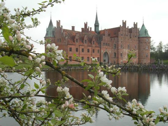 أودينس, الدنمارك: Egeskov