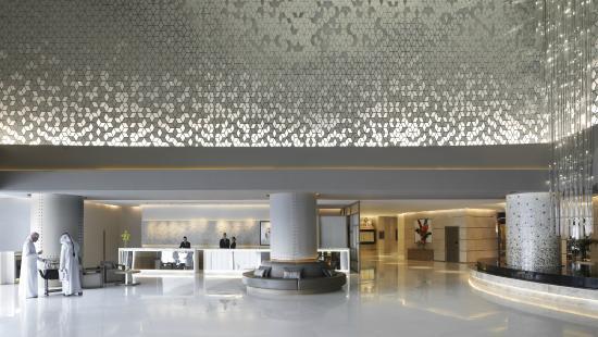 Fairmont Dubai: Lobby and reception