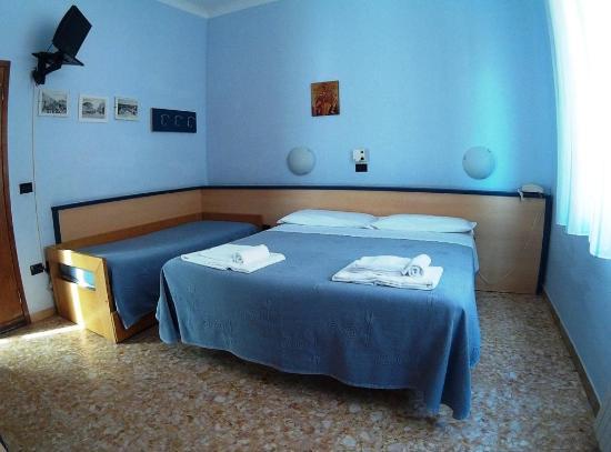 Hotel Birilli: room2