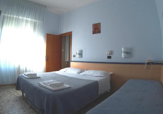 Hotel Birilli: room3