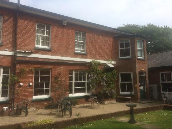 The Salhouse Lodge: Outside of the hotel