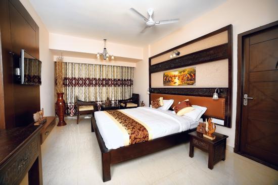 Hotel Ashwa Park