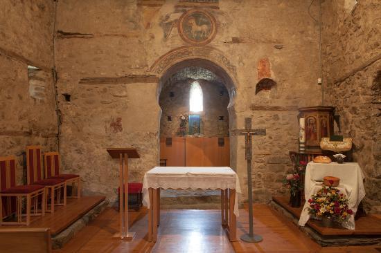 Andorre-la-Vieille, Andorre : Iglesia de Santa Coloma - Église de Santa Coloma