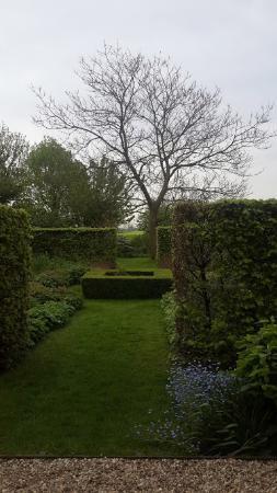 B&B Heerlijkheyd : Garden 2