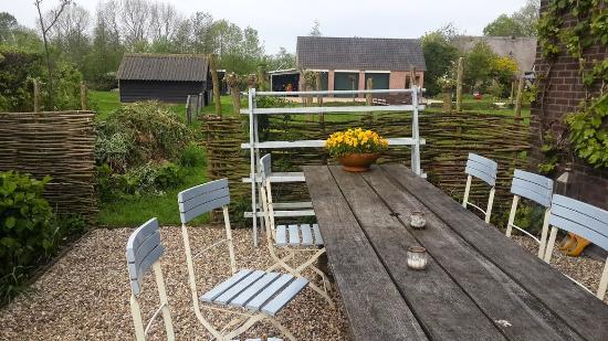 B&B Heerlijkheyd : Garden