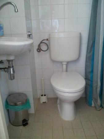Hotel Pax: Tuvalet