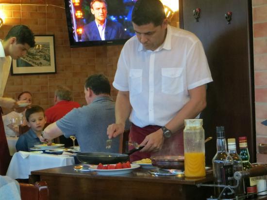 Navegador Restaurant: The expert at work!
