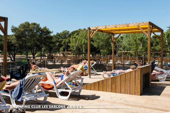Camping avec piscine couverte picture of camping club for Camping haute savoie piscine couverte