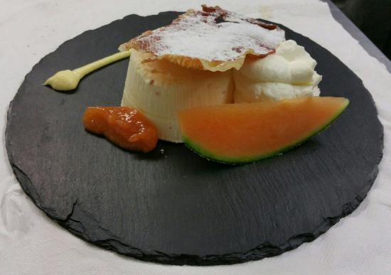 Inn Grutli: Semifreddo prosciutto e melone...da provare!!!
