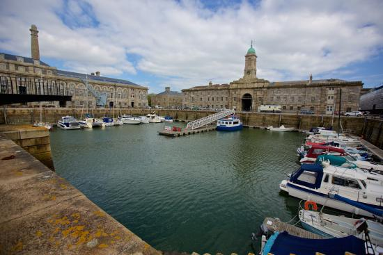 ‪Royal William Yard‬