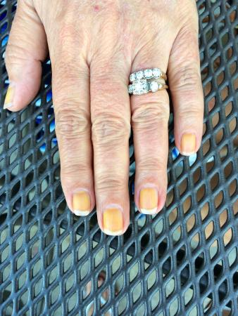 Middleburg, VA: nails 2 days after manicure