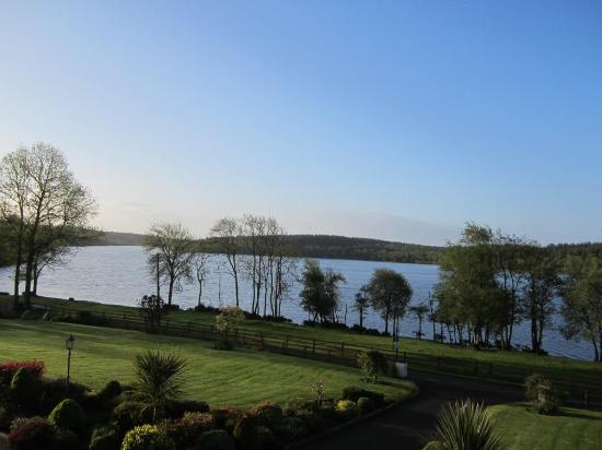 Killeshandra, Ierland: Lough view at dawn