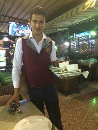 El Masrien Grill Restaurant: ну вот как они так могут?)))