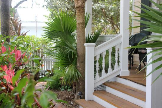 Andrews Inn and Garden Cottages: Cottage property garden