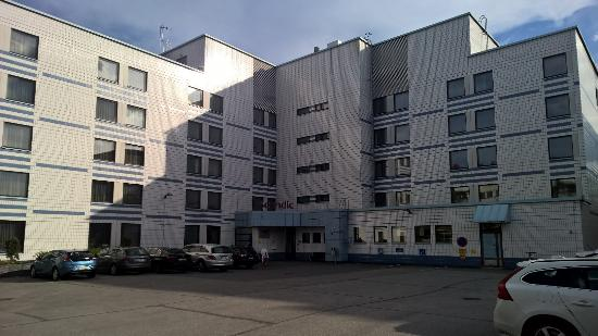 Scandic Jyvaskyla: Hotel from backside