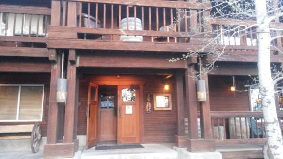 Old Range Steakhouse : Street view