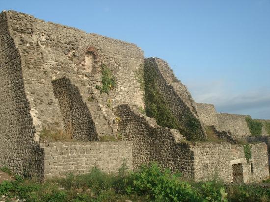 Senaki, Georgia: Город-крепость Нокалакеви