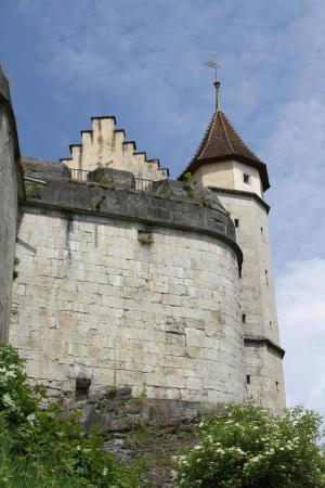 Schloss Lenzburg: Ansicht beim Eingang