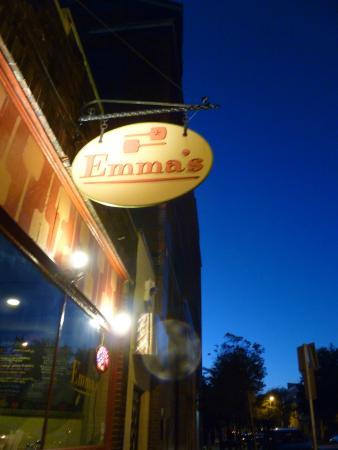 Emma's Pizza: Entrance