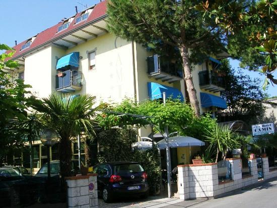 Hotel Camis