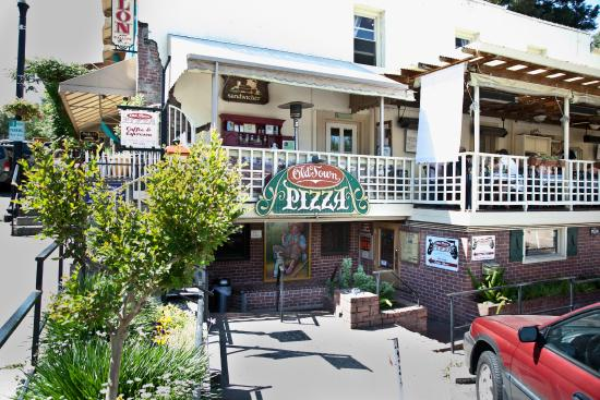 Old Town Pizza: Outside view
