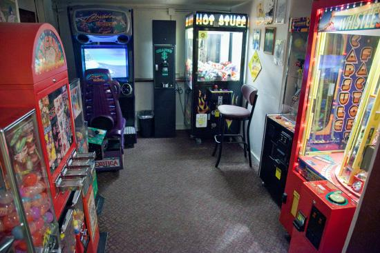 Old Town Pizza: Arcade