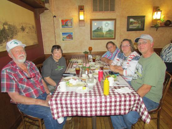 The Ronneburg Restaurant: May 25, 2015 Birthday Dinner