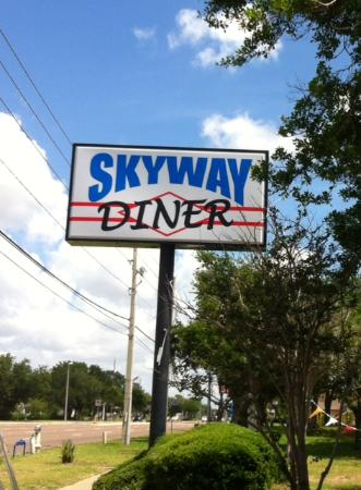 Skyway Diner & Family Restaurant