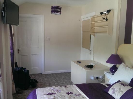 Kingdom House: Front Bedroom