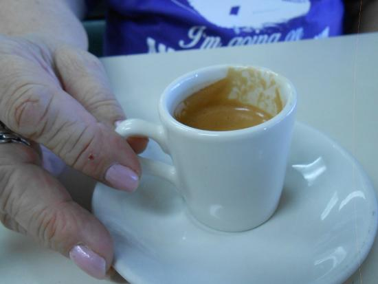 Sabor Latino: Cafe Cubano Tiny cup, Major flavor