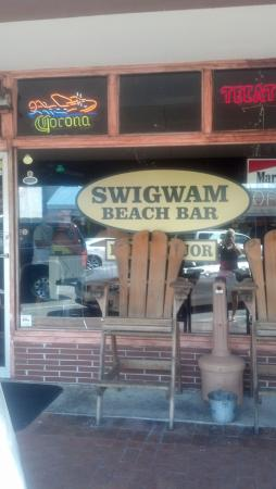 Swigwam Beach Bar