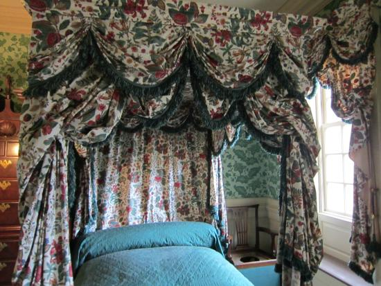 Carlyle House-Master Bedroom
