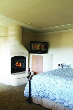 Coachman's Inn, A Four Sisters Inn: Coachman's Inn Deluxe Guestroom