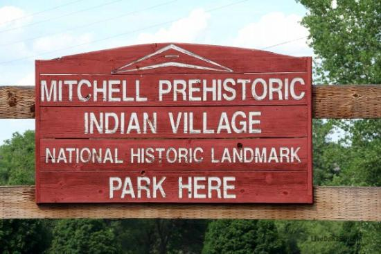 Mitchell Prehistoric Indian Village: The entryway.