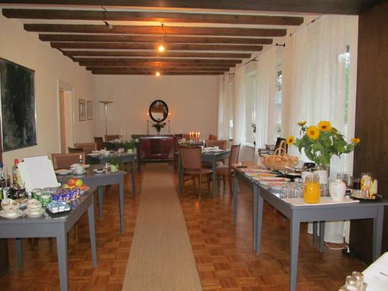 Hotel am Bach: Salle du petit déjeuner