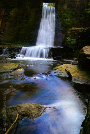 Connah's Quay, UK: Wepre waterfall. April 2015