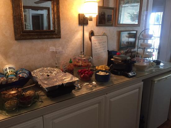 At Melissa's B & B: Amazing Glueten Free Breakfast