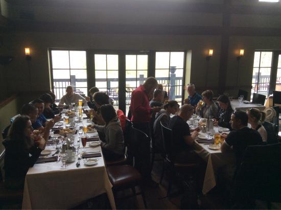 Auberge Duchesnay: Un repas entre amis dans l'un des plus belles endroit du monde ......