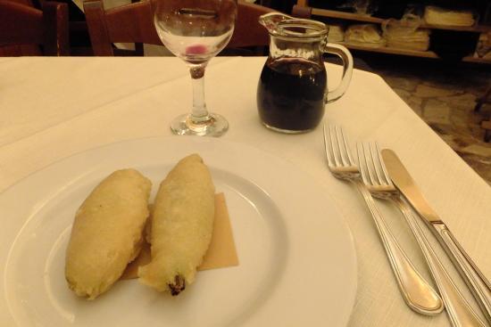 Cacio e Cocci : Fiori di zucca fritti (con mozzarella)