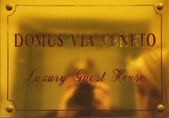 Domus Via Veneto: Luxury Guest House