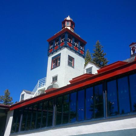 The Lodge Resort and Spa: The tower at The Lodge.
