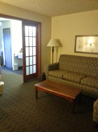 AmericInn Lodge & Suites Ft. Collins South: Living room