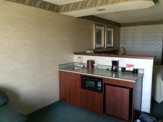 Phoenix Inn Suites Albany: photo1.jpg