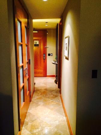 Room 1404 - Grand Hyatt Seattle