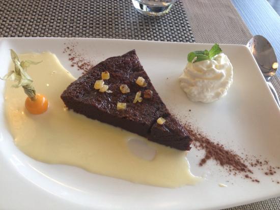 Hotel Du Parc : Diner,dessert, douche et chambre