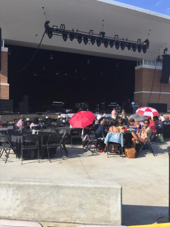 College Park, GA: Wolf Creek Ampitheater, walking in and my view of the stage from the audience.