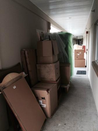 Days Inn Ridgefield: Clutter
