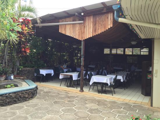 Saeng's Thai Cuisine: Quaint inside